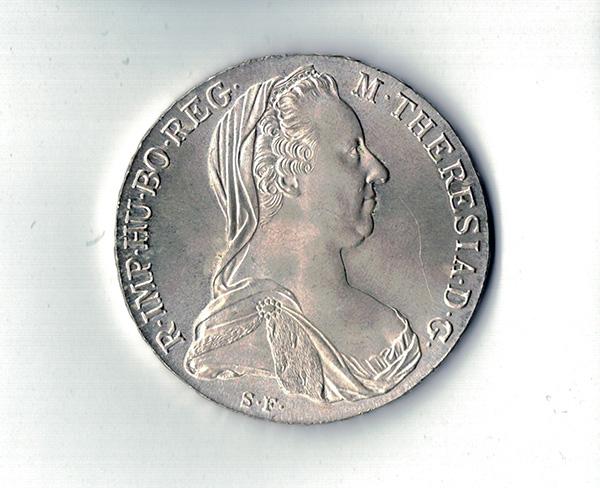 Münze mit Flachbettscanner gescannt